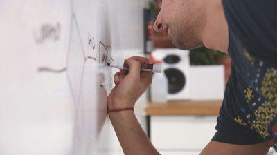 «1000 doctorants» : des dispositifs intéressants de financement pour les collectivités